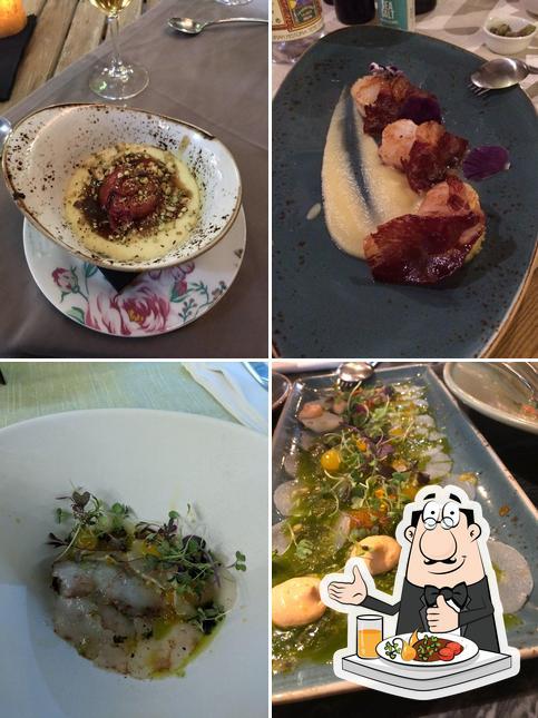 Food at L'escoleta