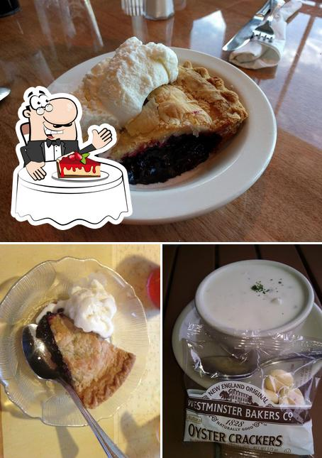 West Street Cafe provides a selection of desserts