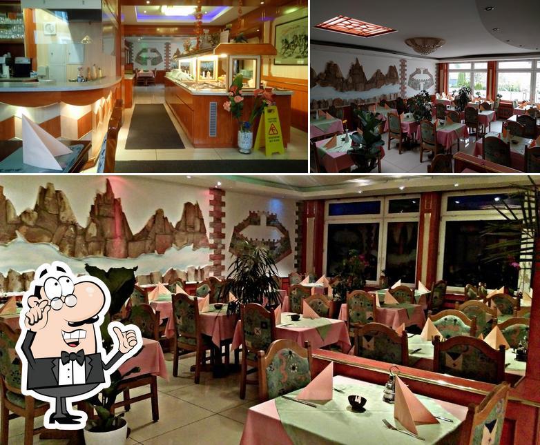 The interior of Tao Tao Chinarestaurant