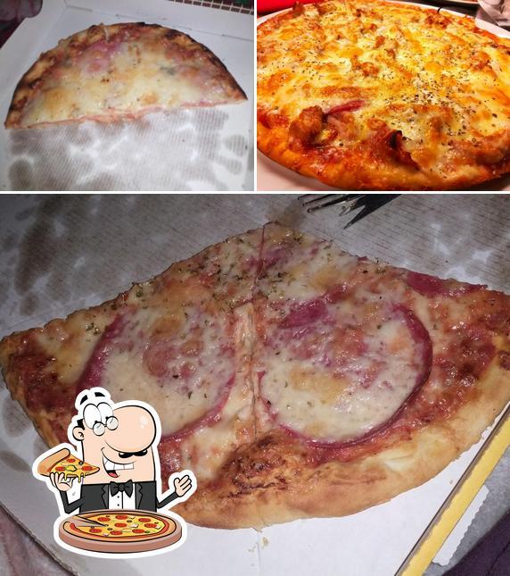 Kostet verschiedene Variationen von Pizza