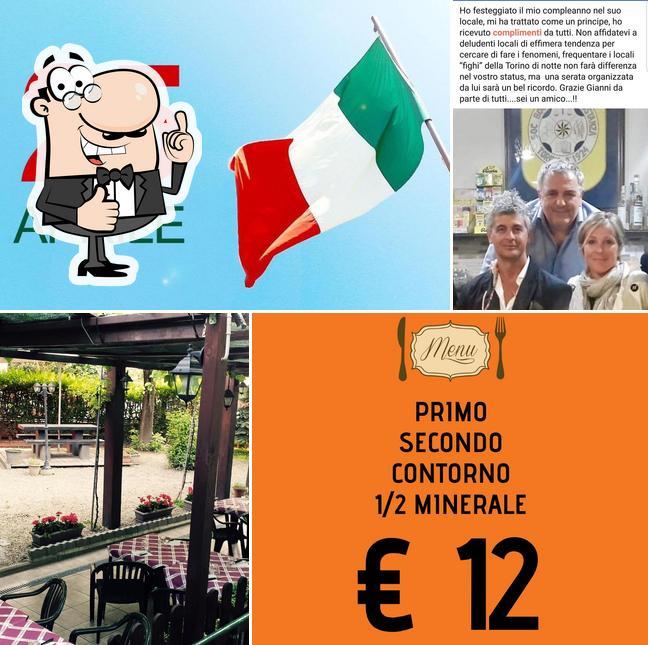 See the picture of La Costanza