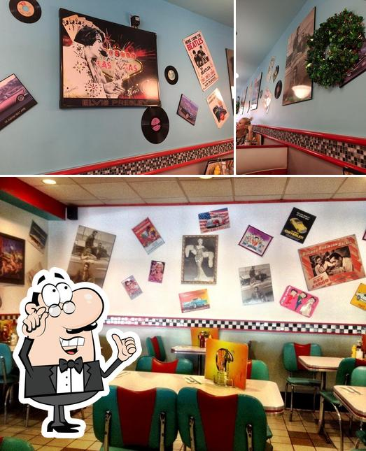 The interior of Angel's Diner