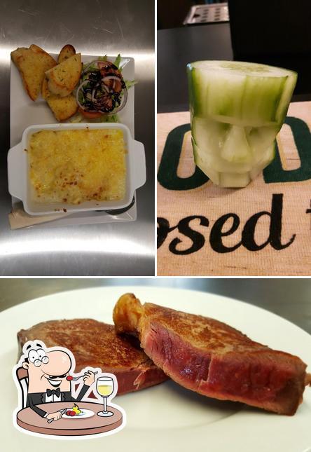 Food at The Swan