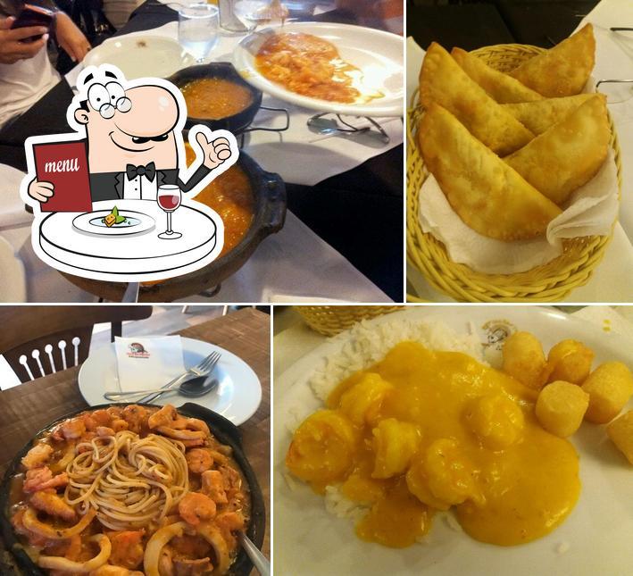 Comida em Restaurante Toca da Traíra
