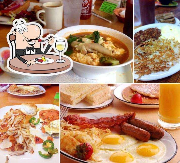 Food at Country Foodly