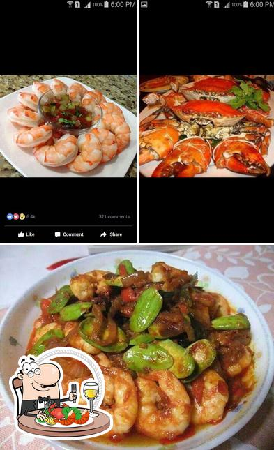 Try out seafood at Fisherman's