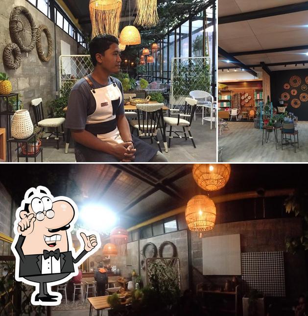 The interior of Mantera Coffee Corner