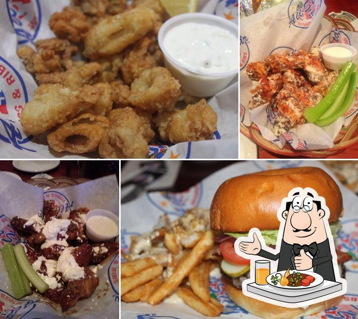 Food at AllStar Wings & Ribs