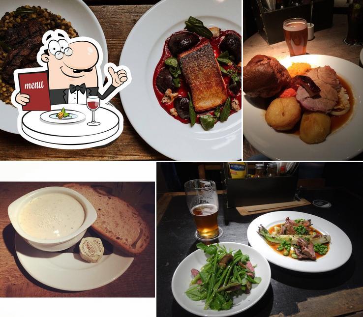 Food at Bridge Tavern