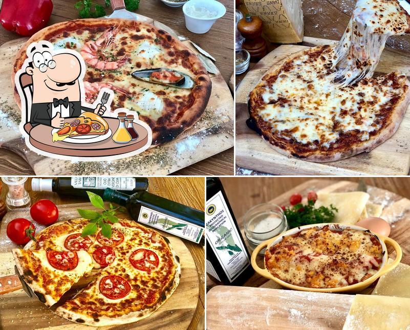 Order pizza at 23 RESTAURANT