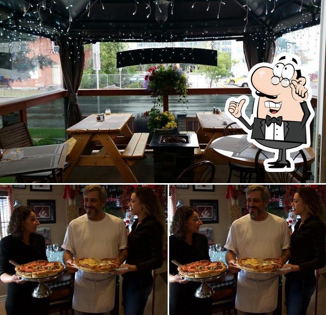 Check out how Stromboli Inn looks inside