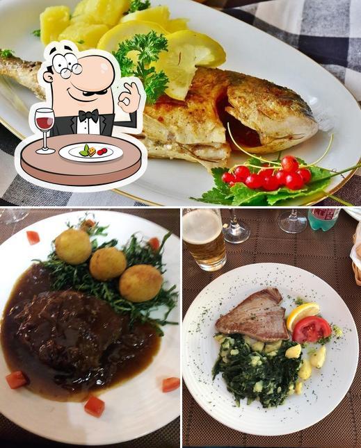 Meals at Mikula