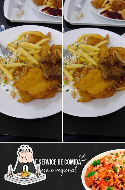 Comida em Restaurante Oriental