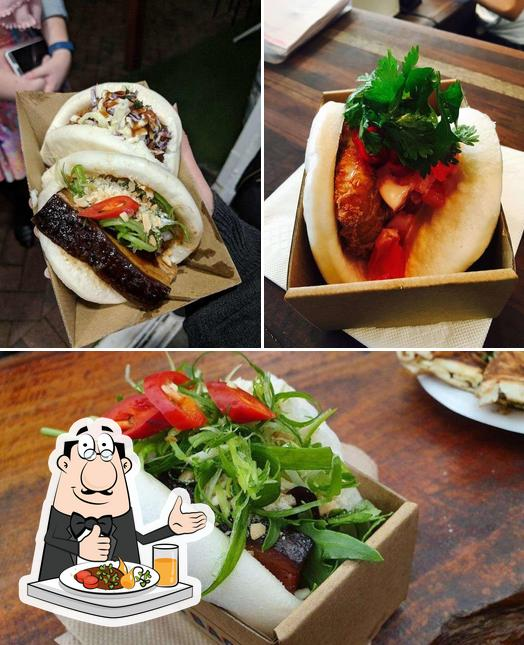 Food at What The Bao