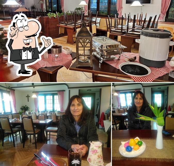 Помимо прочего, в Bürgerstüble есть внутреннее оформление и еда