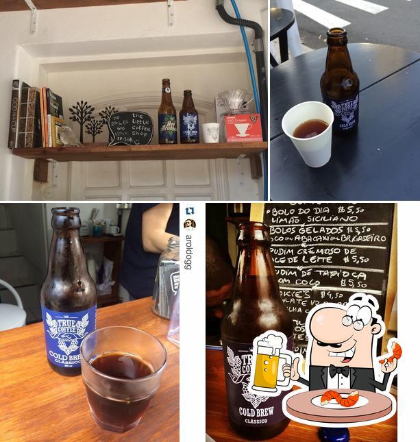 Você pode tomar um copo de cerveja leve ou escura