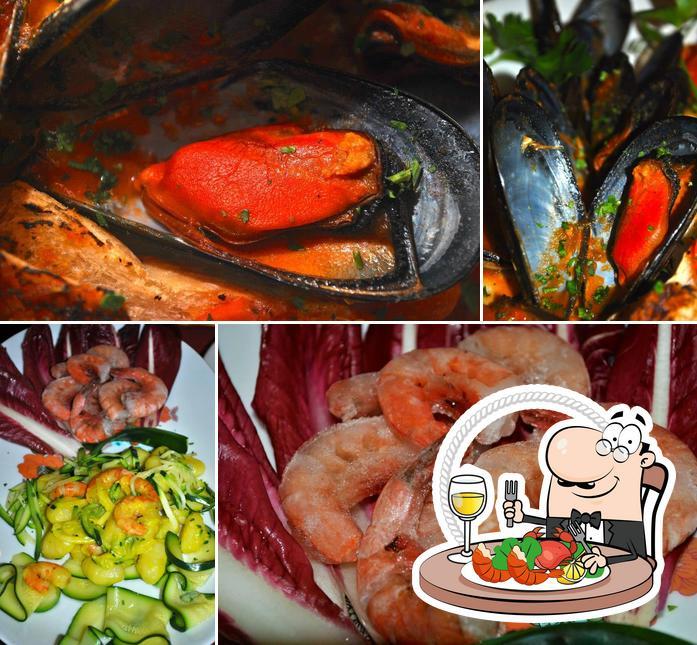 Prenditi la cucina di mare a Locandina dei Navili
