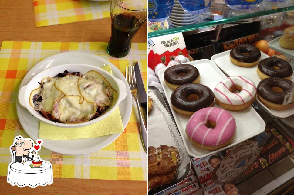 Pool Bar bietet eine Auswahl von Desserts