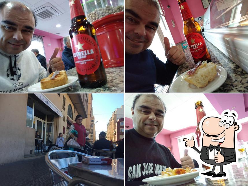 Mire esta foto de Bar Mireia Bogadillos Y Tapas Variadas