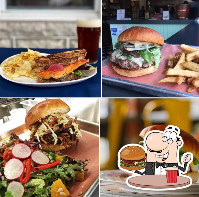 Order a burger at Park Grocery - Restaurant