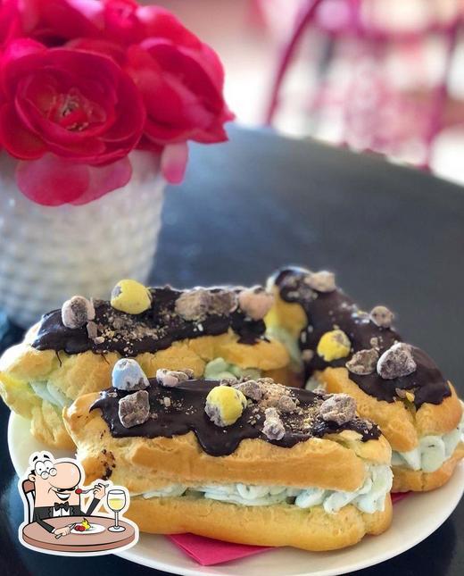 Platos en Cocoa Tree Bake Shoppe