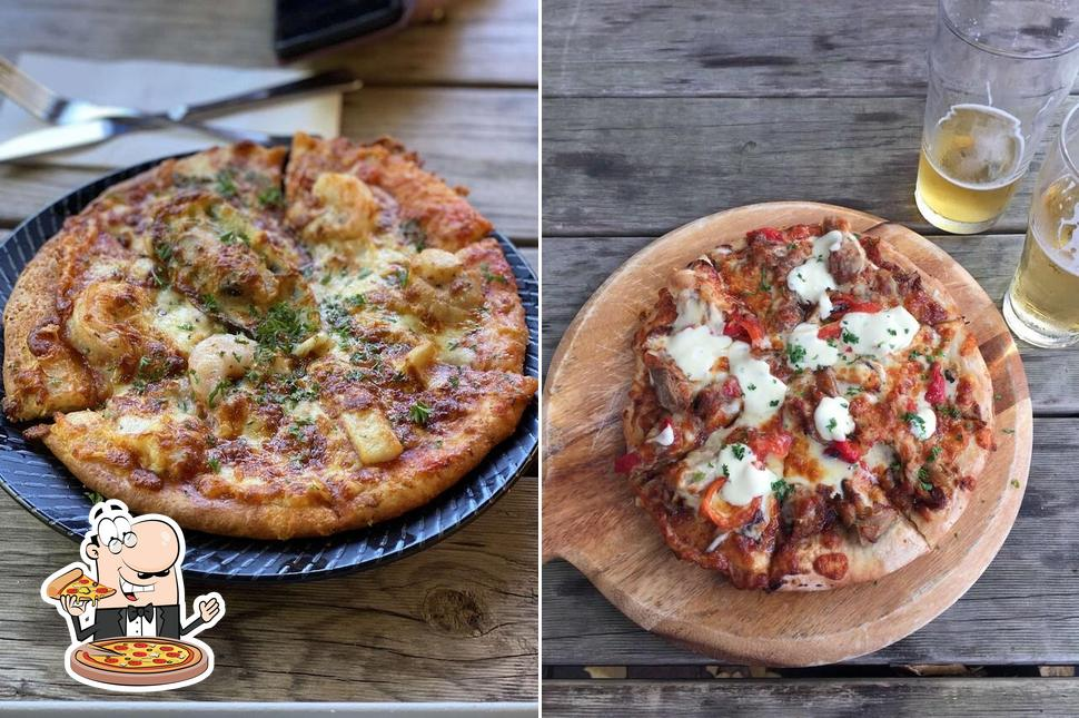 Pick pizza at The Royal Daylesford