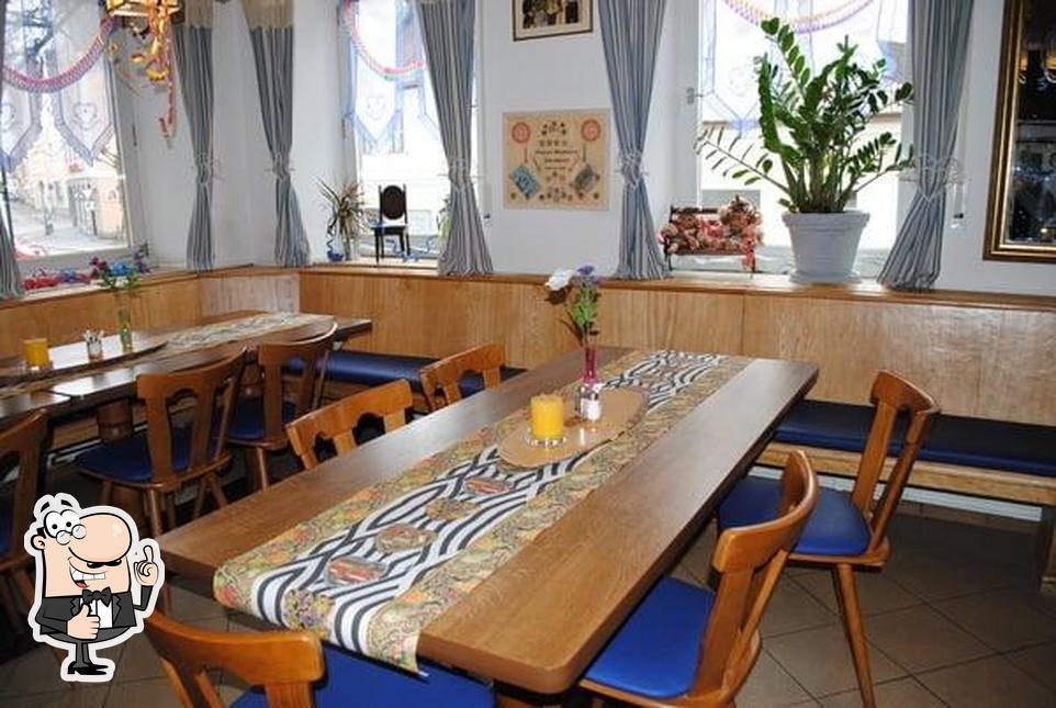 Here's a photo of Gasthaus Mondschein