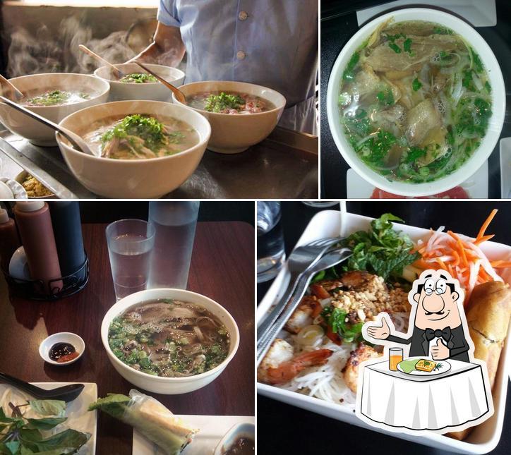 Meals at Sidestreet Pho