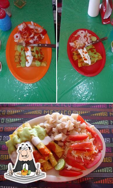 Meals at LAS FLAUTAS