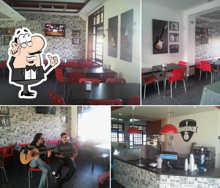O interior do Rock Pizza