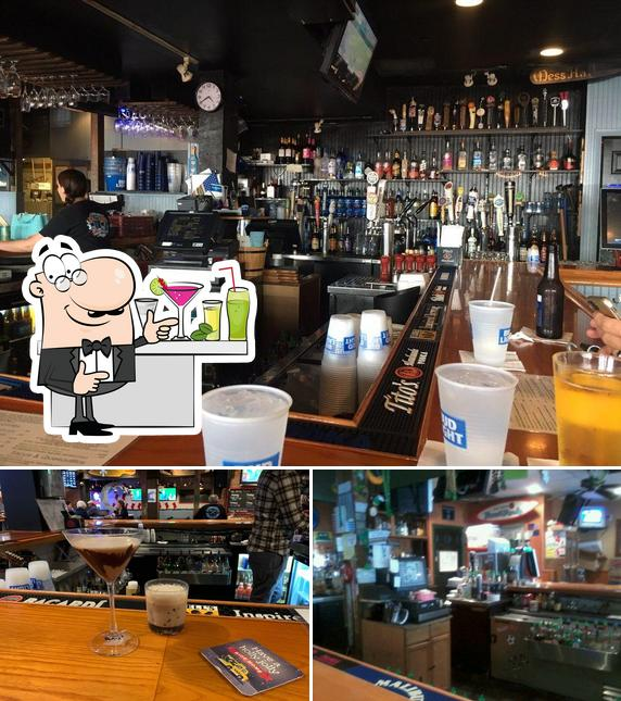 Look at the picture of The Pond Bar & Grill
