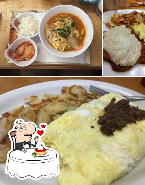 Country Foodly offers a variety of sweet dishes