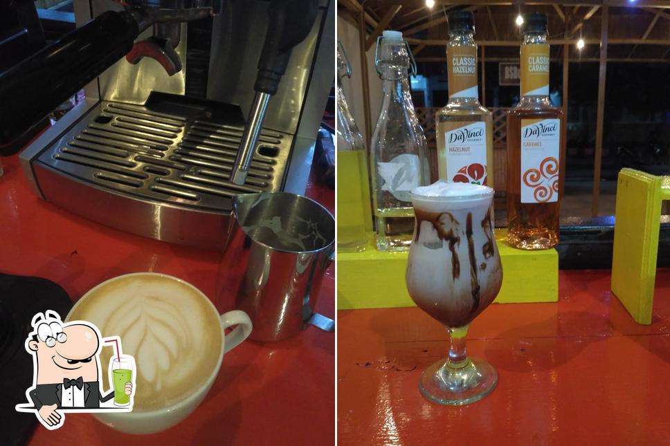 Enjoy a beverage at Warkop Dottoro Luwuk