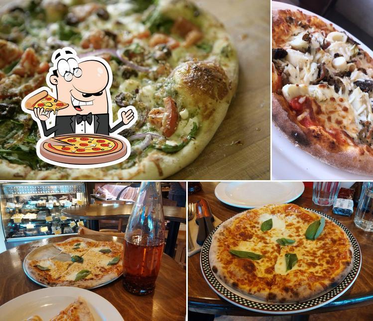 Prenez des pizzas à Boîte à Pain - Café Napoli