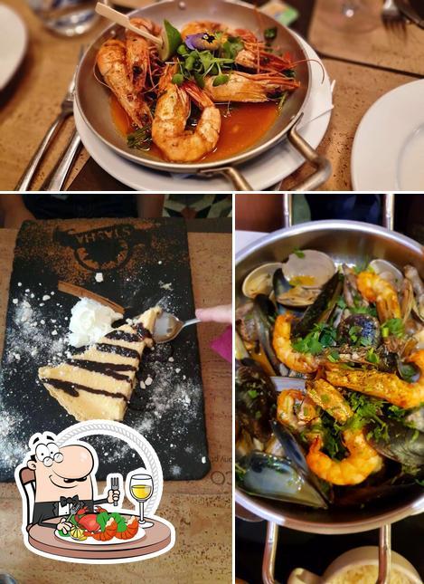 Consiga frutos do mar no Restaurante Stasha