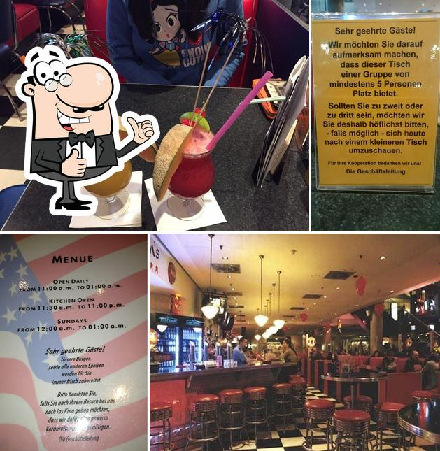 Look at this pic of Jaroon's American Diner