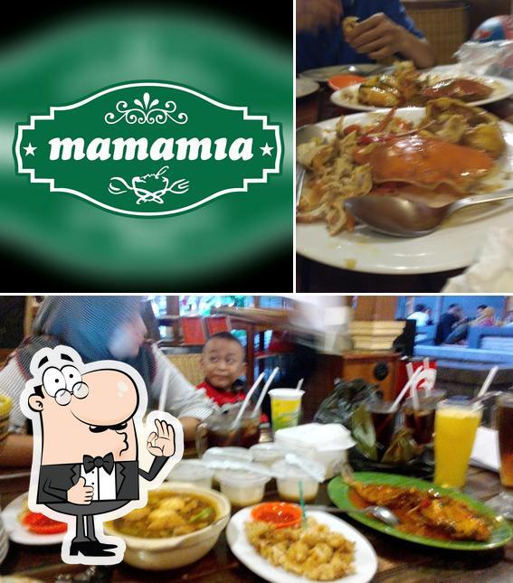 Vea esta foto de Fer's Mamamia cafe & resto