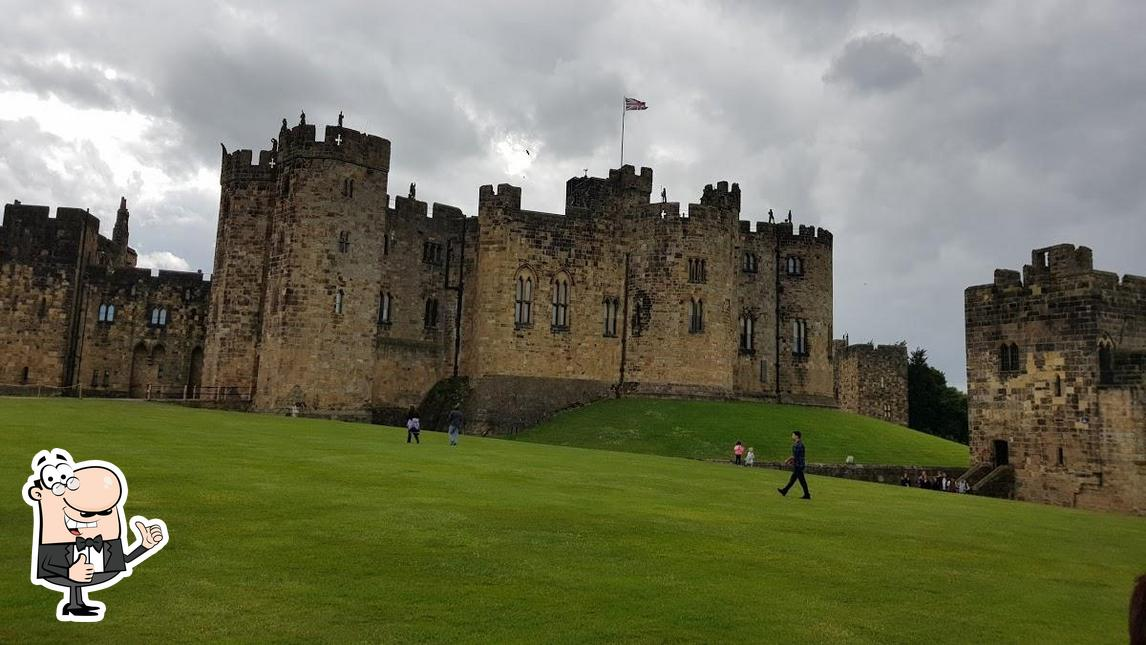 Here's an image of Alnwick Castle