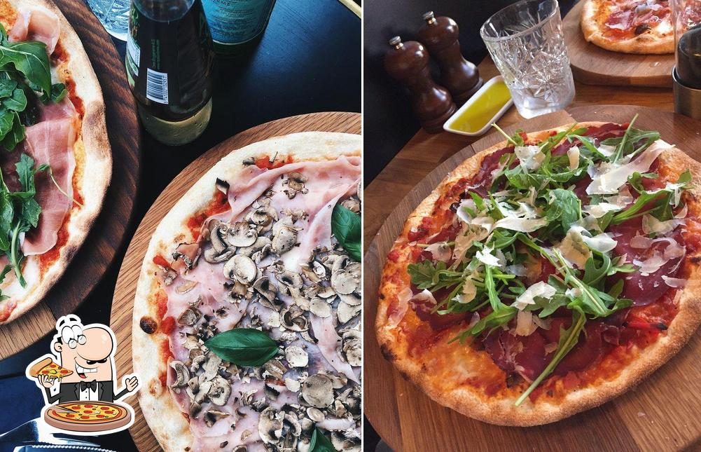 Get pizza at Cafe Nero - Aarhus