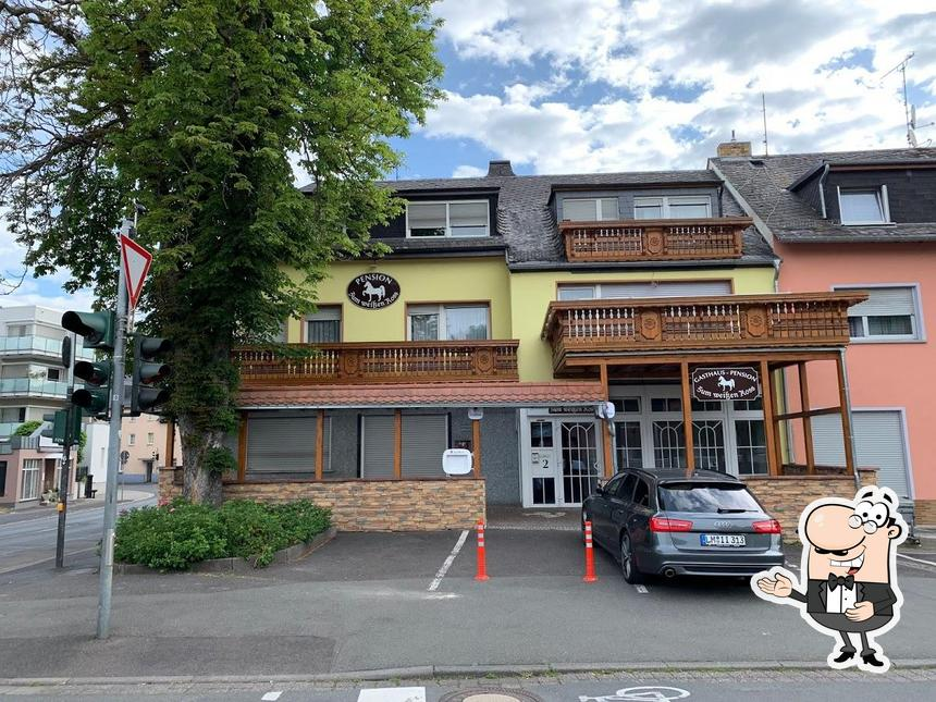 Look at the photo of Ristorante - Pizzeria - Pension Zum weißen Ross