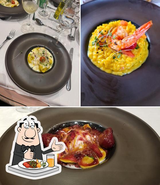 Food at Lo Restaurante