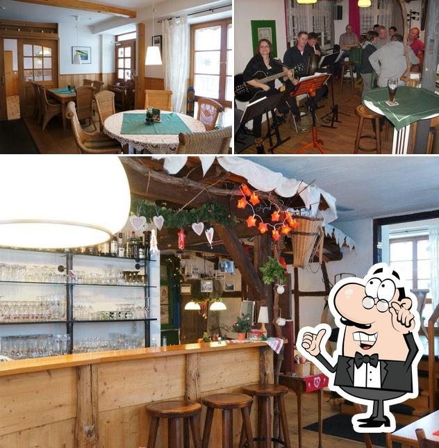 Check out how s'Fensterle looks inside