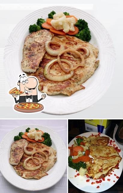 Order pizza at Que Sabrosura Restaurant
