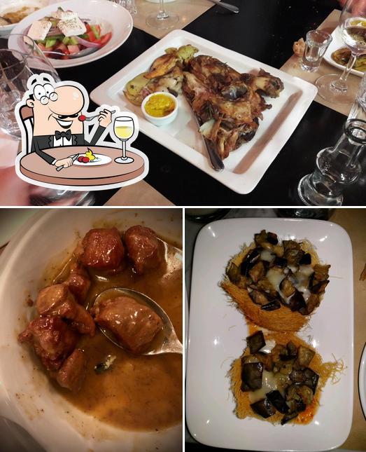 Meals at Mavro Provato Melissia