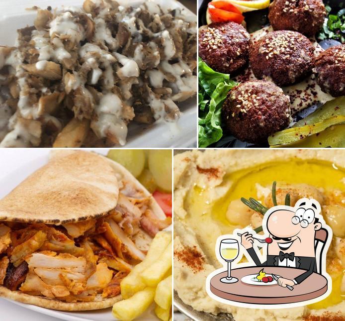 Food at Manouche Grill