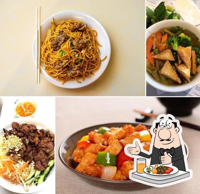 Food at Ying Cafe & Pho