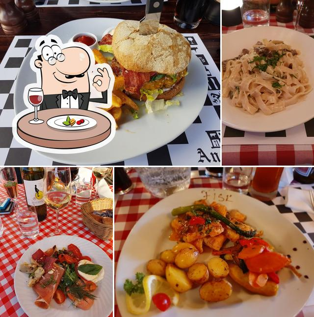 Food at Little Italy, Annexet