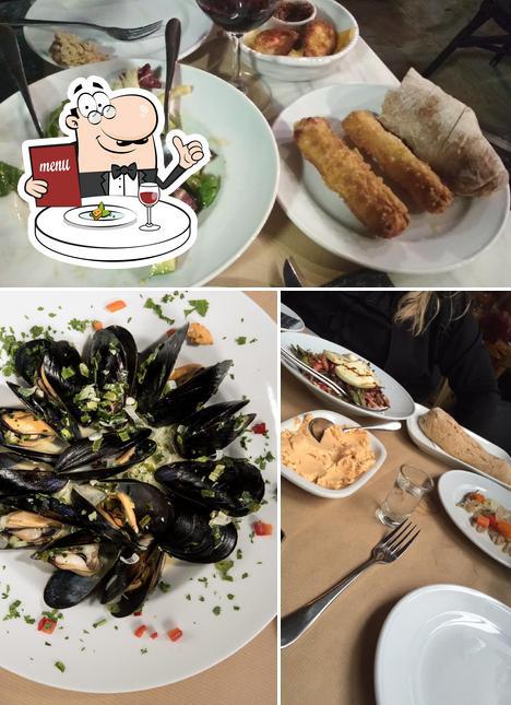 Food at Mavro Provato Melissia