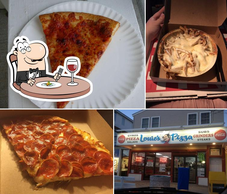 Food at Louie's Pizza