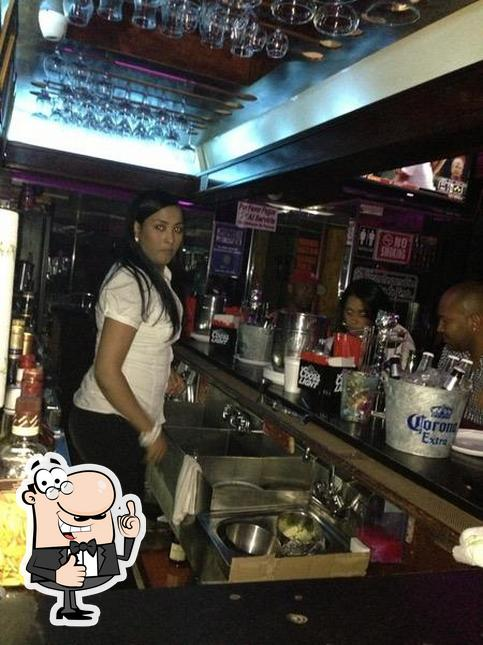 Look at the pic of Que Sabrosura Restaurant